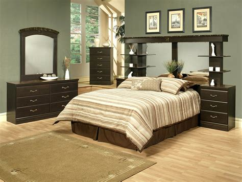 Wall Unit Bedroom Sets | 4 piece espresso finish queen wall unit bedroom set