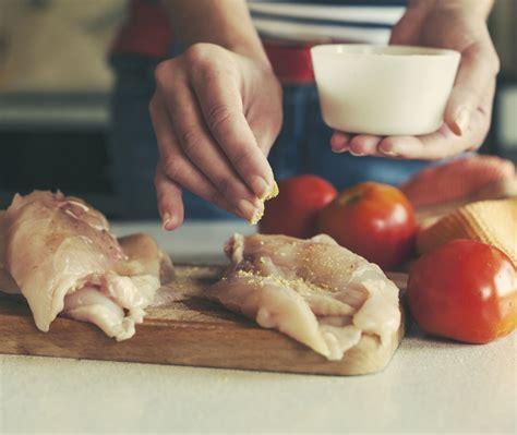 ricette per cucinare il petto di pollo come cucinare il petto di pollo le migliori ricette
