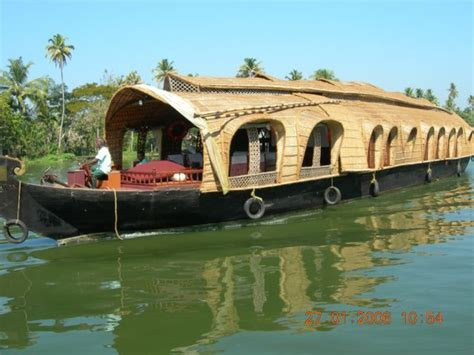 amazing house boats amazing houseboats 21 pics izismile com