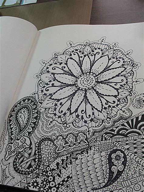 doodle zen anniebeezart zen doodles
