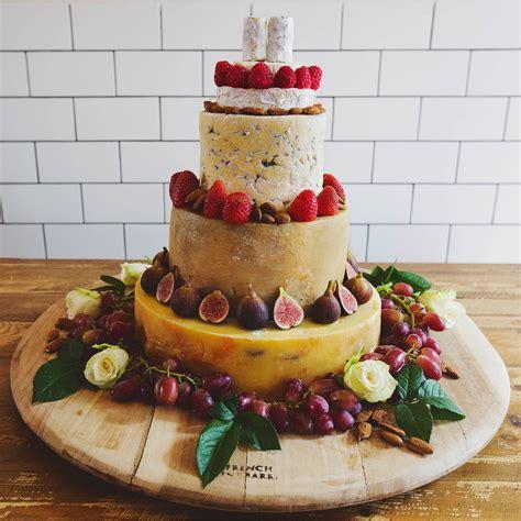 Wedding Album Alternatives by 7 Alternatives To The Classic Wedding Cake Wedding Album