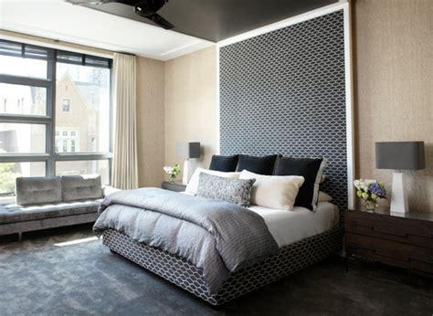 t 234 te de lit originale en noir pour une chambre 233 l 233 gante