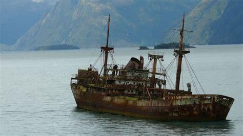 film petualangan kapal aneh hilang 90 tahun di segitiga bermuda kapal ini