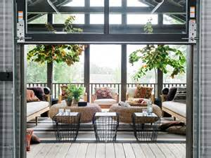 Garage With Screened Porch Garage Courtyard Pictures From Hgtv Urban Oasis 2016