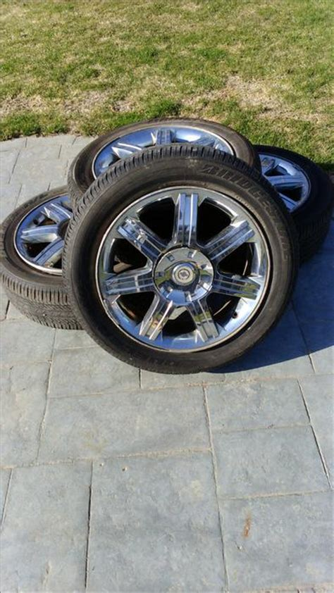 2005 Chrysler Pacifica Tire Size by 19 Inch Tires And Aluminum Rims Chrysler Pacifica West