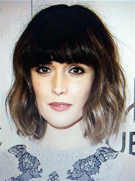 zero degree haircut coming down in a slight v shape most elegant short wavy hairstyles hairstyles update