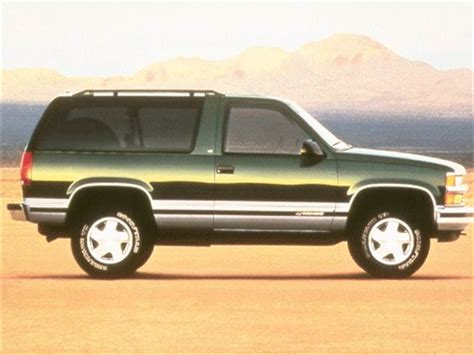 blue book value for used cars 1995 chevrolet lumina seat position control photos and videos 2015 chevrolet tahoe suv history in pictures kelley blue book