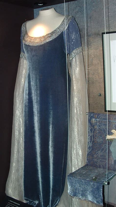 pattern arwen dress costumes crafts and crying lotr arwen chase scene dress