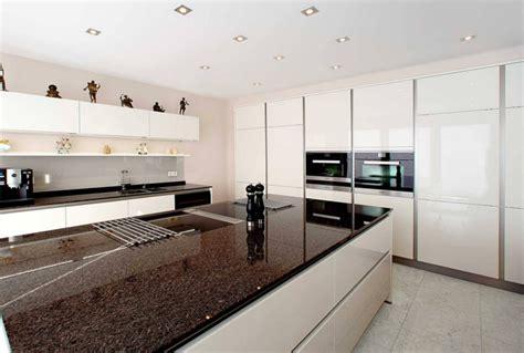 küchengestaltung fliesen k 252 che moderne k 252 che bodenfliesen moderne k 252 che moderne