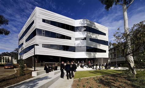 Anu Australia Mba Ranking by Australian National Or Of Melbourne