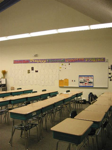 comfortable classroom environment bishop nevins florida s first monolithic dome school