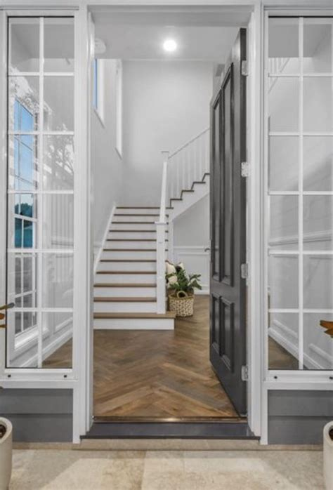 stairs  wide entry stairs foyer design foyer staircase