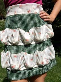 How To Make Your Own Shower Curtain How To Make A Custom Egg Gathering Apron Craft Projects