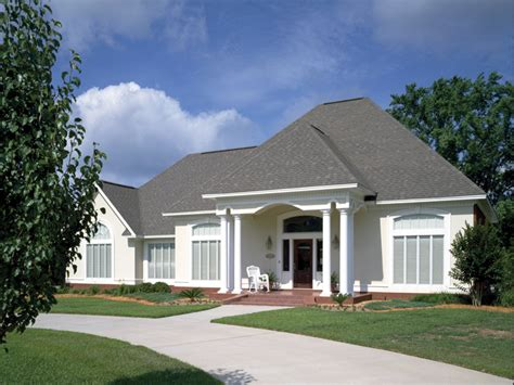 stucco home plans simple single story ranch single story ranch style stucco