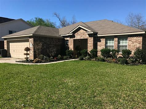 402 binnacle way crosby tx mls 11978448 ziprealty