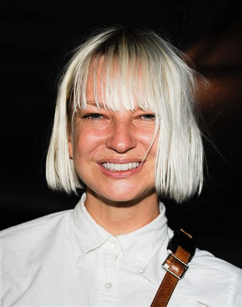 sia musician wikipedia sia furler in time warner cable and showtime screening of quot homeland quot season 2 arrivals zimbio