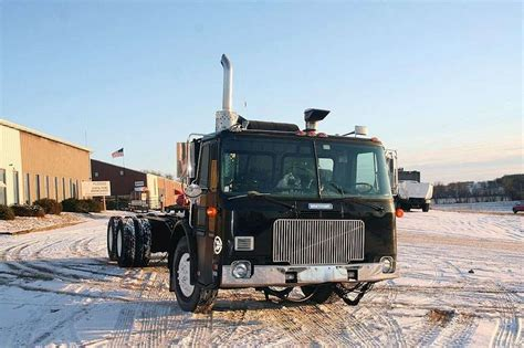 heavy duty volvo trucks for 1989 volvo wxll64 heavy duty cab chassis truck for sale