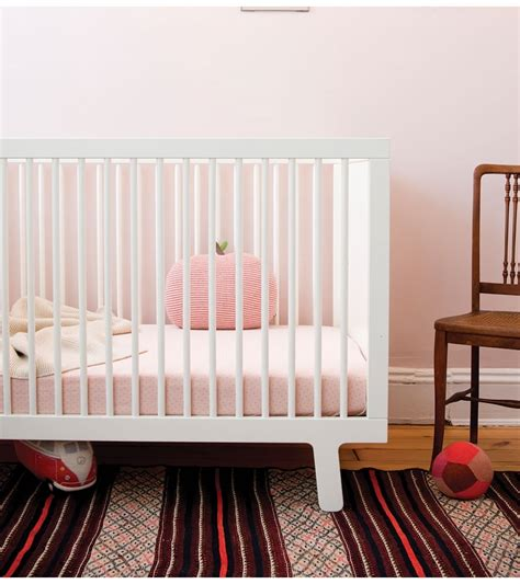 Sparrow Oeuf Crib by Oeuf Sparrow Collection Crib In White
