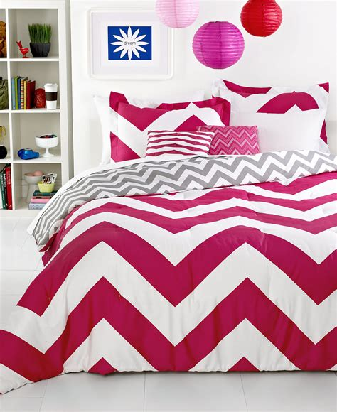 red chevron comforter color crush on tulips blindsgalore blog