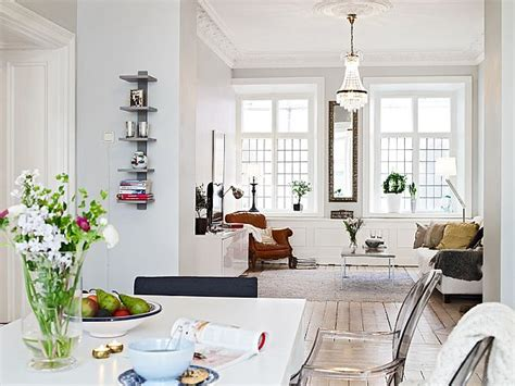 elegant 1889 apartment with an open floor