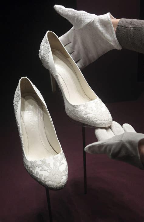 kate middleton shoes kate middleton prince william wedding anniversary kate s