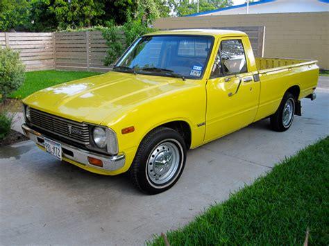 yellow toyota truck sr5 com toyota trucks 187 two wheel drive 187 1980 toyota pickup