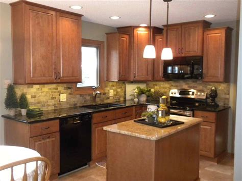 kitchen colors with oak cabinets and black countertops light oak cabinets dark countertops deductour com