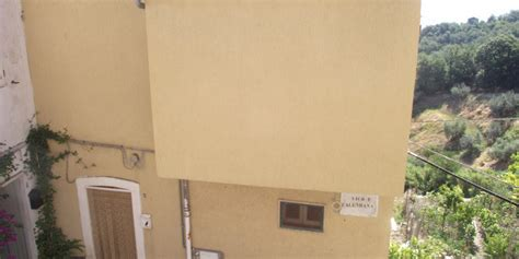 buy house italy buy property italy habitable two bed house in molise lupara