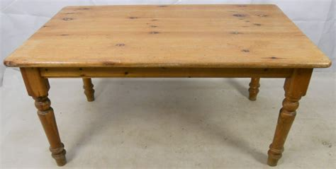 pine farmhouse kitchen table pine farmhouse kitchen dining table