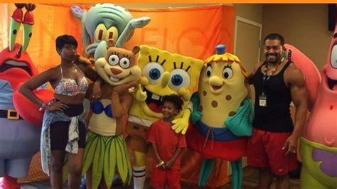 party themes cartoon characters go inside jennifer hudson s son s cartoon themed birthday