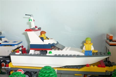 lego city fishing boat lego city 4642 fishing boat i brick city