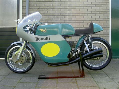 Classic Motorrad At by Classic Racer Benelli Paso Replica Galerie Www