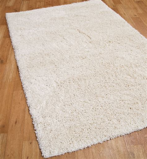 Subtle And Sensual Rugs For The Bedroom Bedroom Rugs Uk