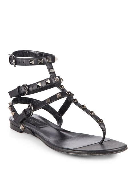 valentino rockstud sandals valentino noir rockstud leather sandals in black lyst