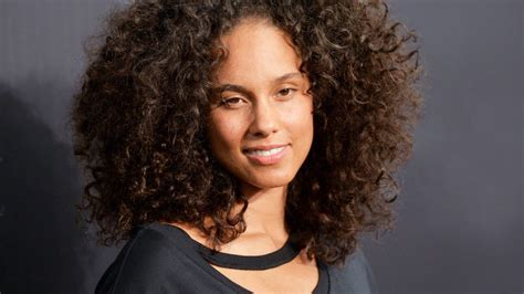 curly hairstyles images curly hairstyles the best curly hairstyles and how to get