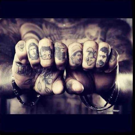 knuckle tattoo history 68 b 228 sta bilderna om knuckle tattoos p 229 pinterest finger