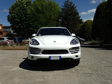 Porsche Cayenne 2 by Noleggio Porsche Cayenne Diesel Up Cars