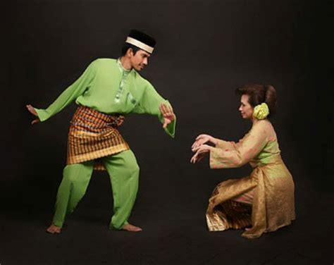 Ragam Tari Dan Lagu Daerah Sumatra gita tari mak inang