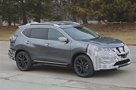 nissan rogue 2017 2017 nissan rogue spied with cosmetic updates autoevolution