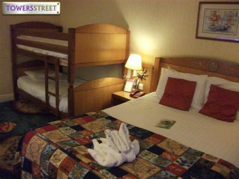 alton tower rooms towersstreet gallery explorer rooms at bedroom 8 your premier alton towers guide