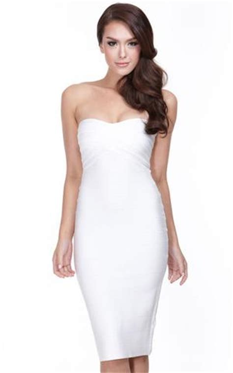 Hairstyles For A Strapless Dress by How To Match Your Hairstyle And Dress Neckline Perfectly