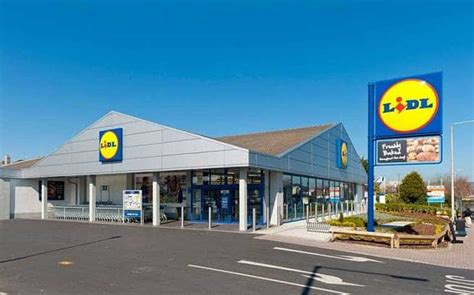 lidl rs up expansion plans as other grocers try to slim