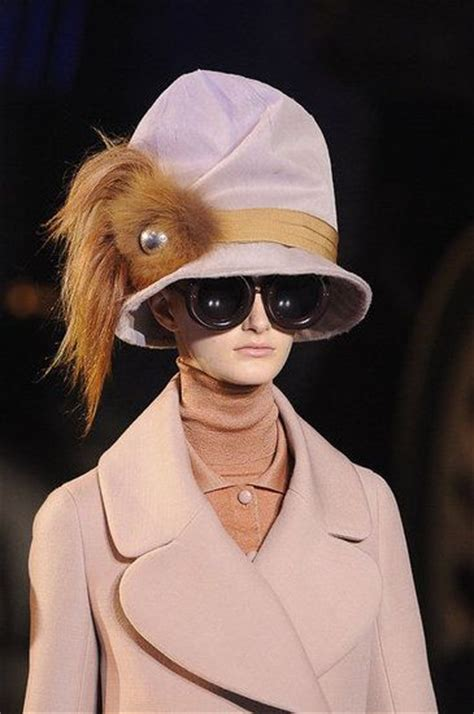 Celana Louis Vuitton 1000 Ideas About Louis Vuitton Dress On Louis