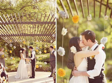 imagenes uñas para boda como decorar un boda con papel de forma sencilla y original