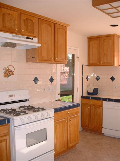 Pixel Kitchen by 100 Kitchen Paint Colors With Honey Oak Cabinets