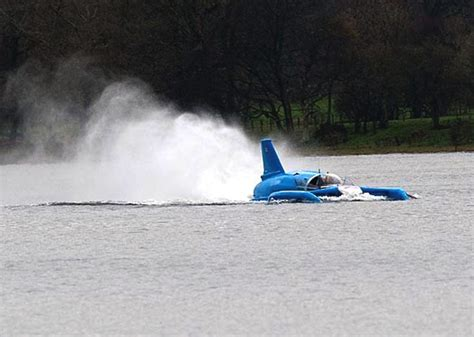 mini jet boat crash scale models k7 gas turbine bluebird world water speed