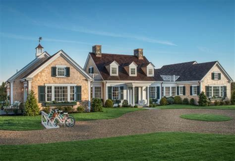 Shingle Style Cottages Hgtv Dream Home 2015 On Martha S Vineyard