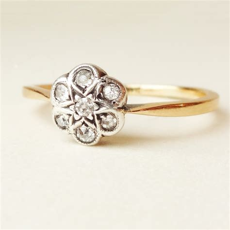 flower ring antique 18k gold by luxedeluxe