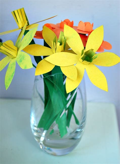 How To Make A Flower Out Of Construction Paper - 1000 ideas about construction paper flowers on