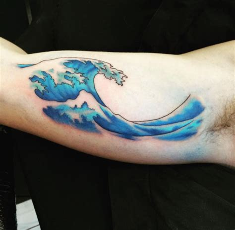 60 of the best wave tattoos you ll ever see tattooblend
